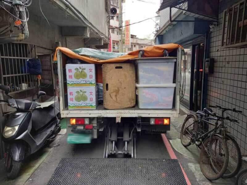 台北搬家 - 內湖小家庭無電梯搬家紀錄
